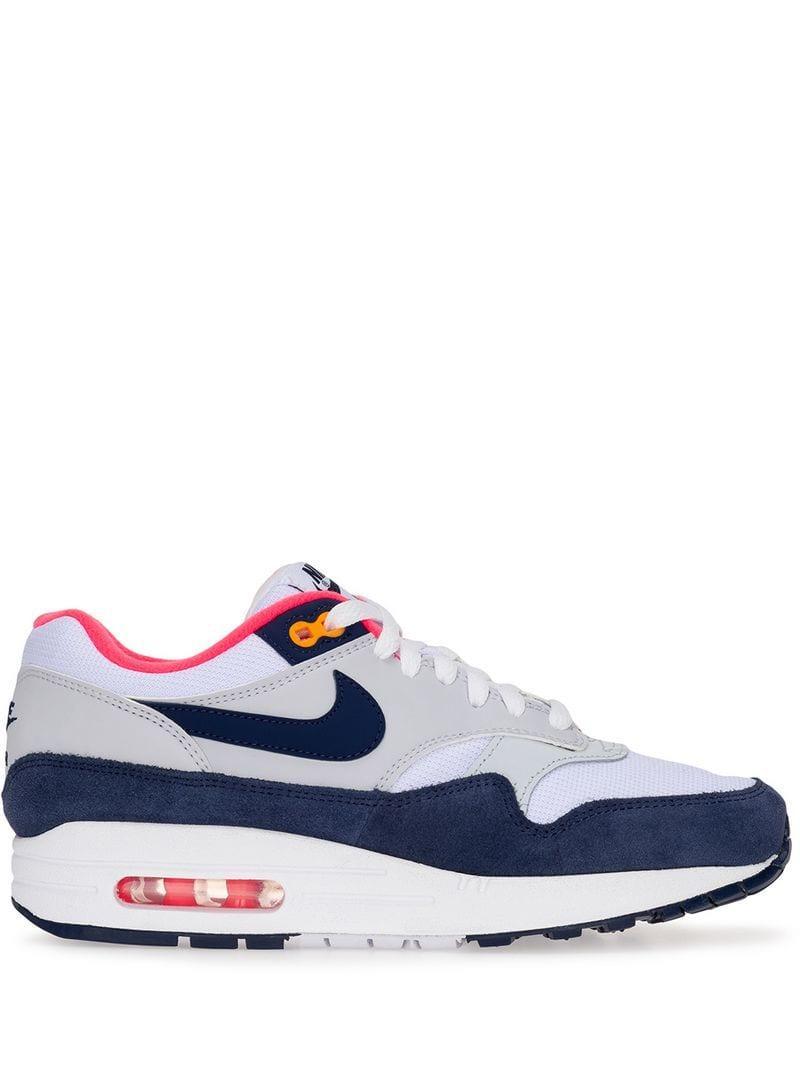 pretty nice bd2e9 caa39 Nike. Women s White Air Max ...