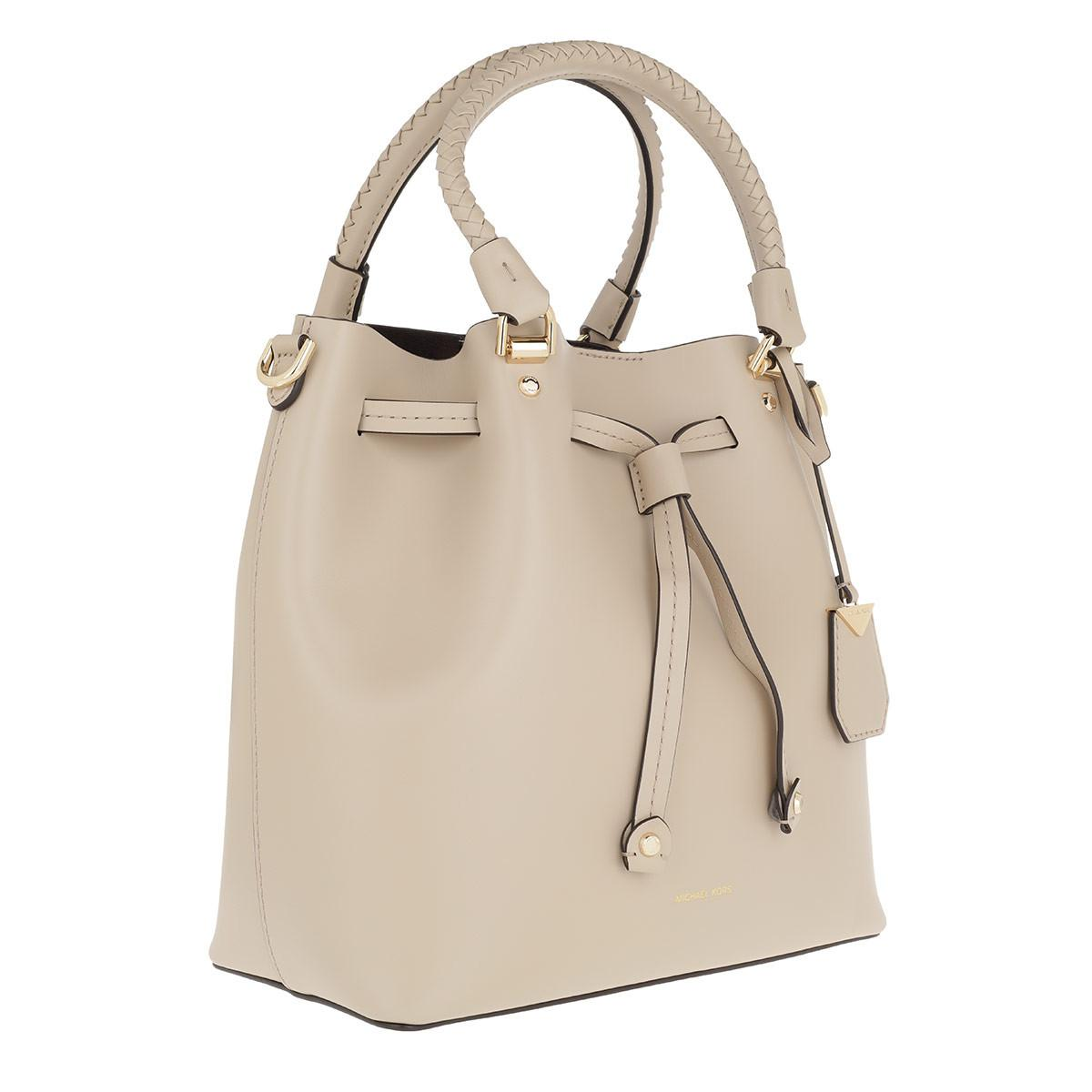 b1e6a4a502f9 Michael Kors Blakely Md Bucket Bag Oat in Natural - Lyst