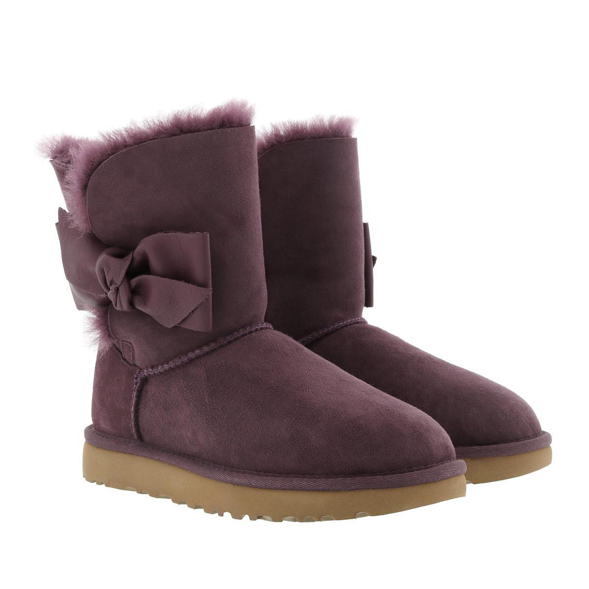 a240c032222 Ugg Purple W Daelynn Port
