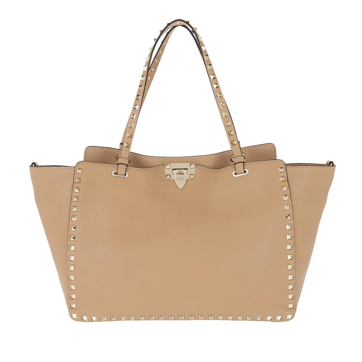 Valentino Rockstud Medium Tote Cammello in Natural - Lyst 0b70f7f881