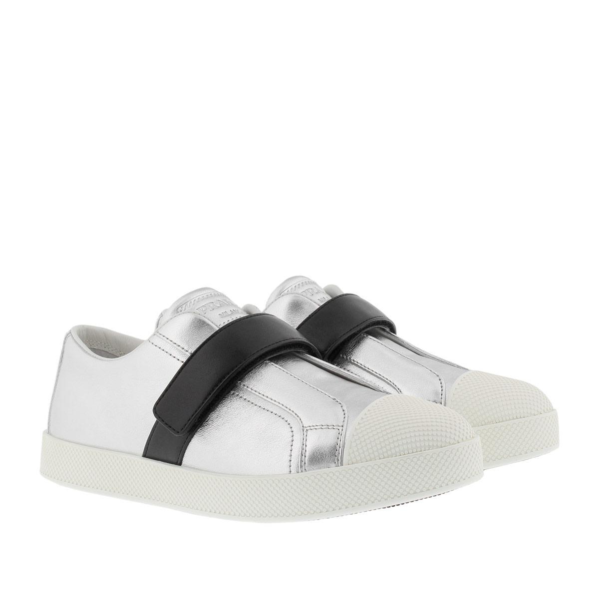 Sneakers - Calzature Donna Vitello Soft Sneaker Black/White - black - Sneakers for ladies Prada qsfKq