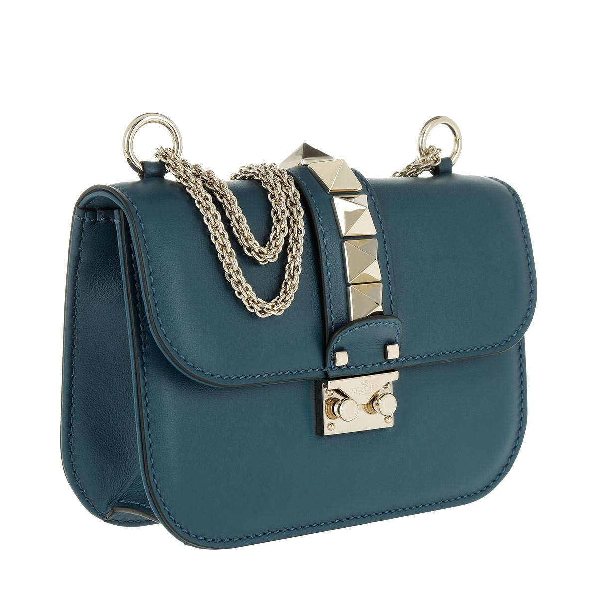 397667ca71 Gallery. Previously sold at: Fashionette · Women's Valentino Rockstud Bags  ...