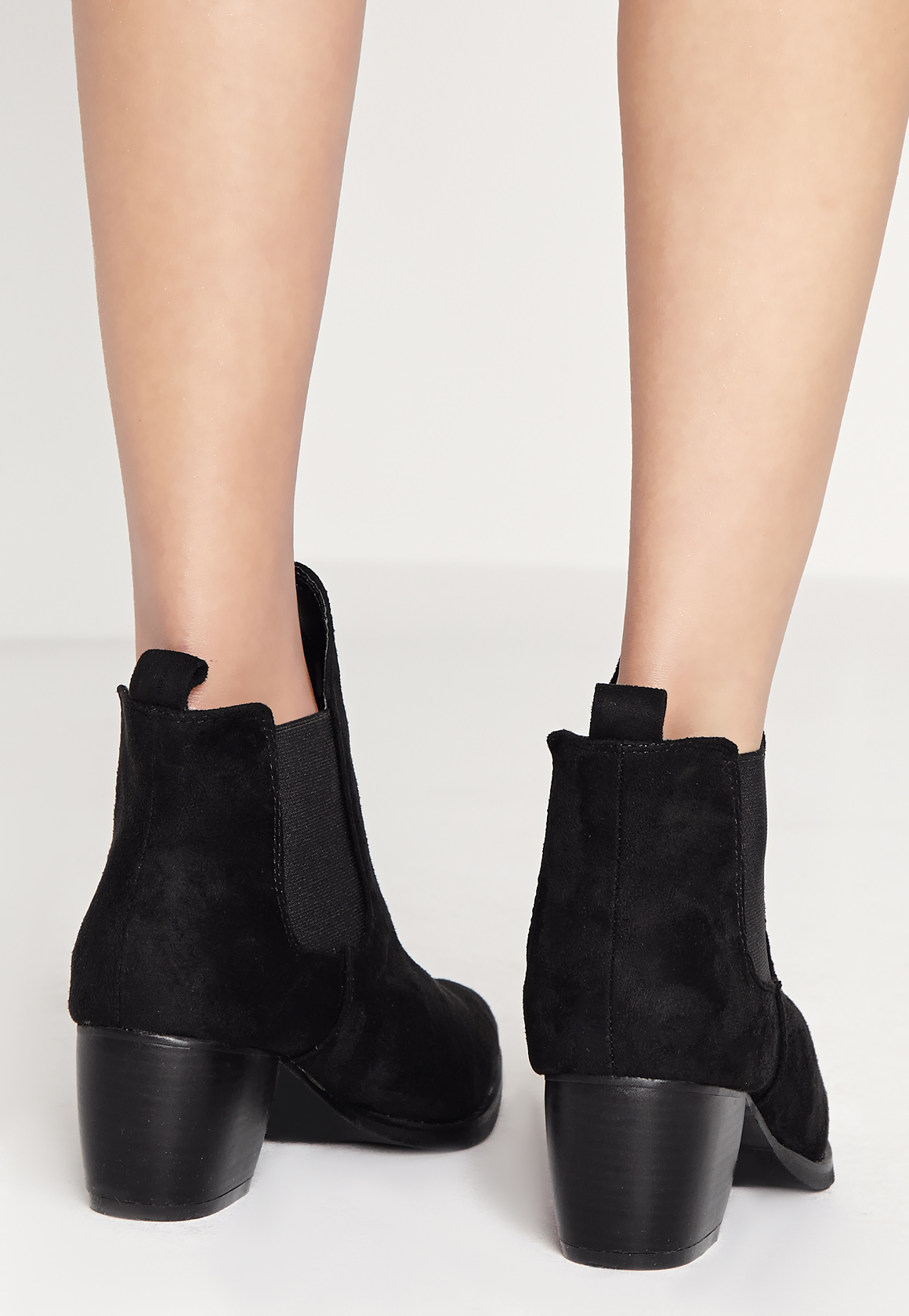 b6514cffdc5f Lyst - Missguided Low Heel Chelsea Boots Black in Black