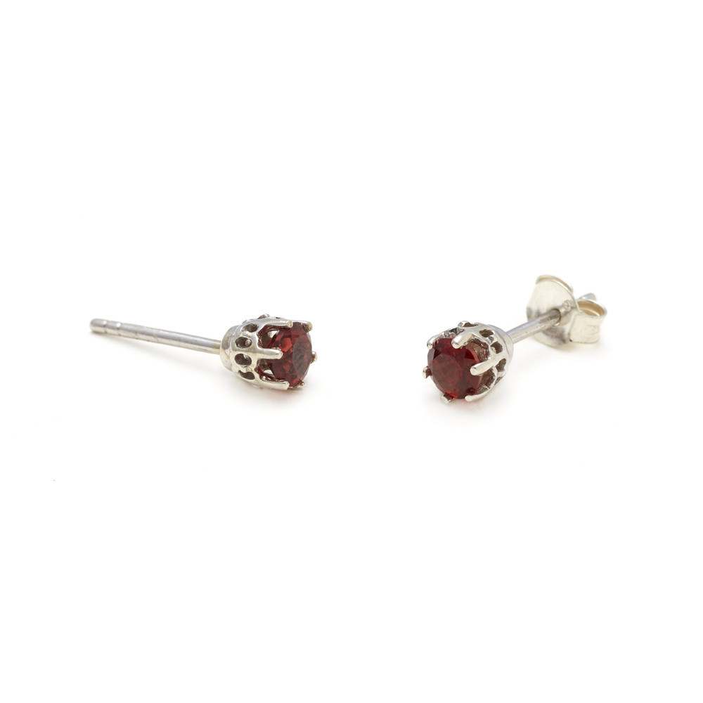 sheffield solitaire stud earrings petit silver