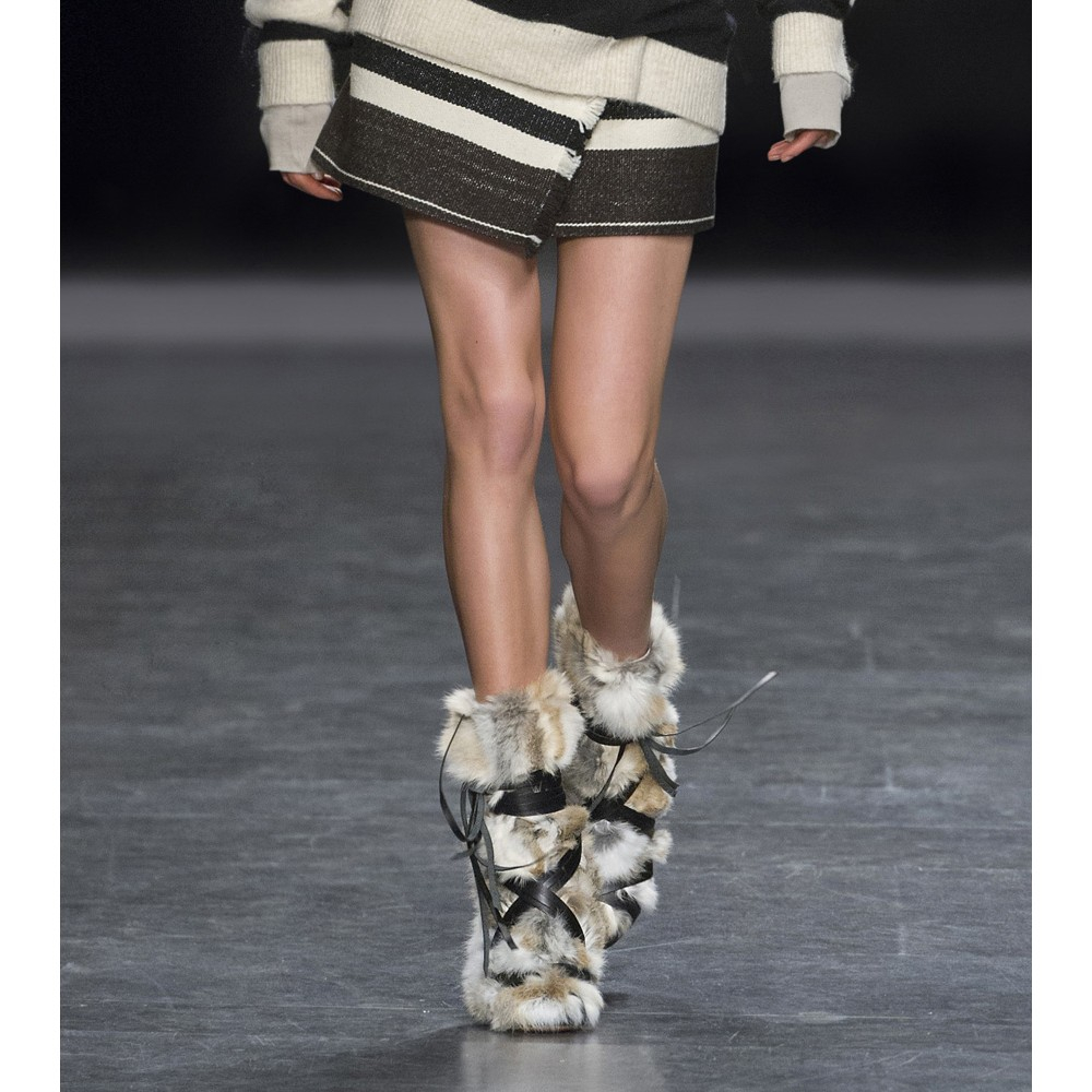 Isabel Marant Pietra Leather And Fur Ankle Boots in Beige (Natural)