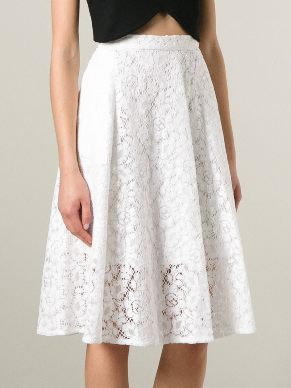 Forever 21 White Lace Skirt 21 Skirts LAce Skirt Outfit Ideas CAn I Buy a White Lace Skirt Skirts Skirts Blouse VAidosa Outfits Find Lace skirt give an attractive and decent look. Such type of dressing give you a mature and decent feelings.