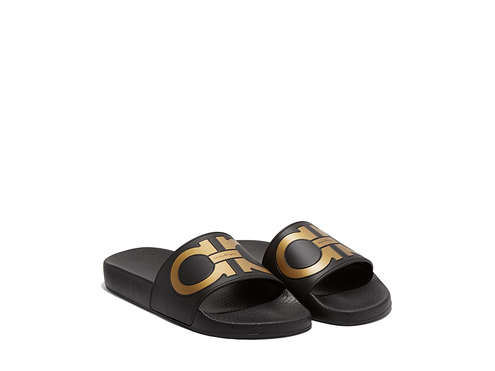 Chloe Black Bag Ferragamo Double Gancio Flip Flop in Black (Black/Gold) | Lyst