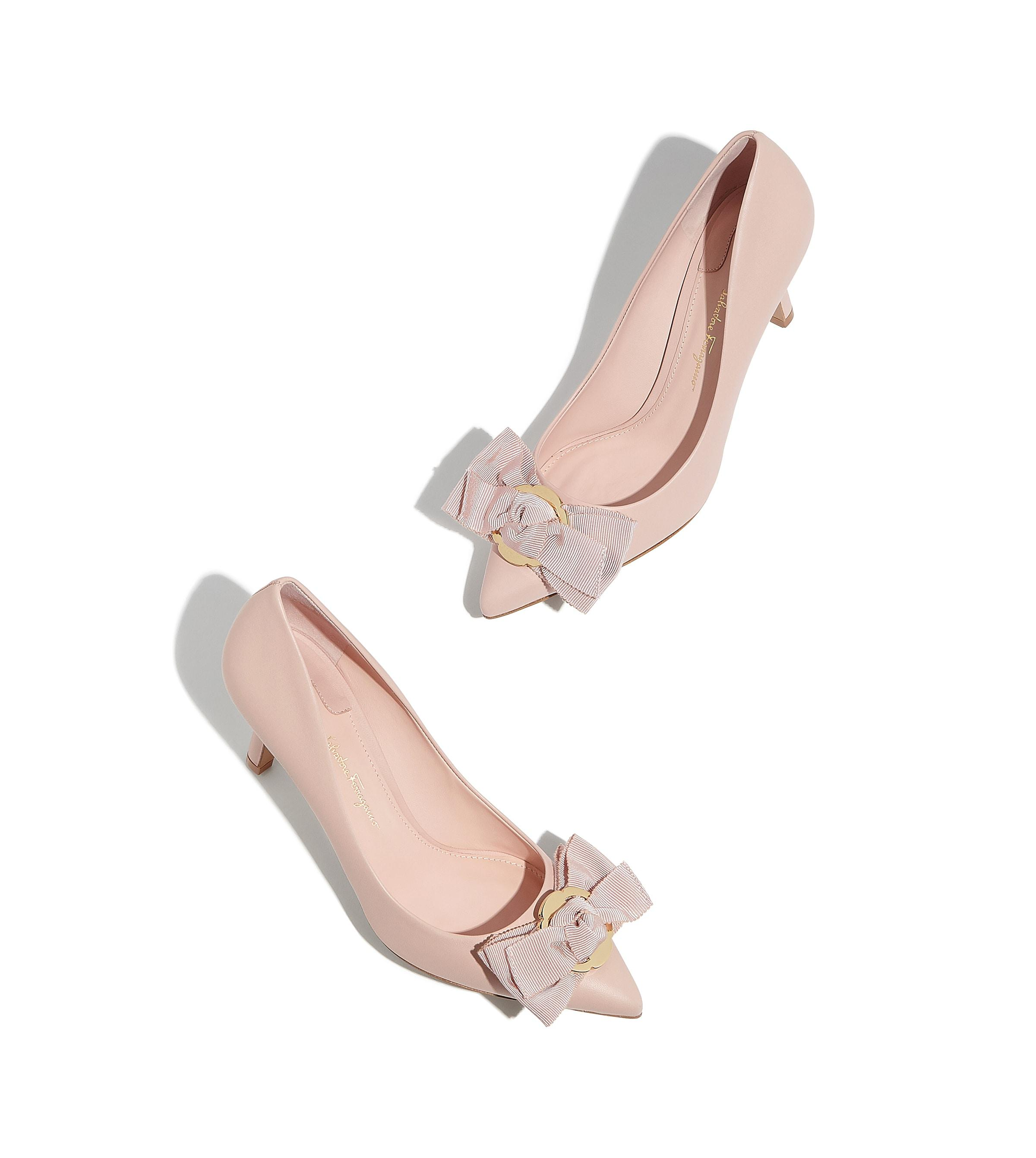 2471985cbe2 Lyst - Ferragamo Peony Bow Pump Shoe in Pink