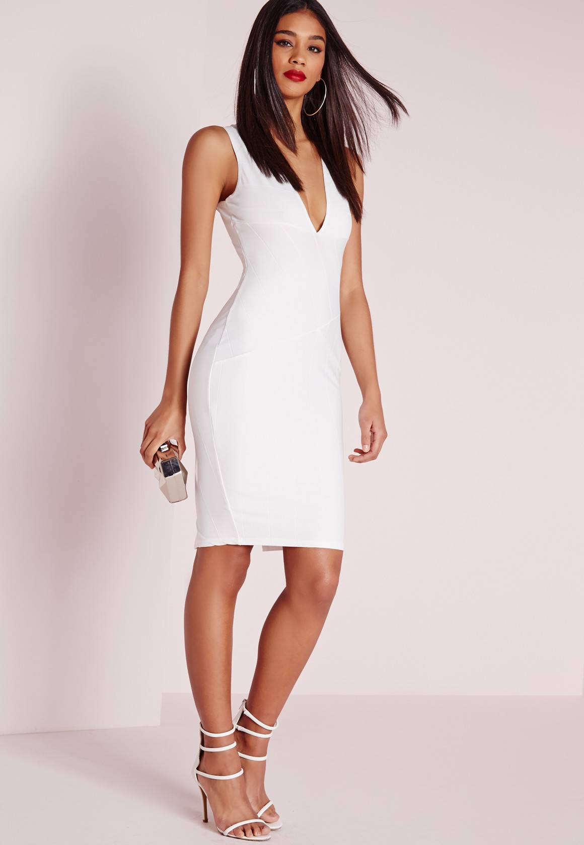 Discover the latest bodycon dresses with ASOS. Shop our range of bodycon dresses in midi, mini or long sleeve dress styles today in a variety of colours.