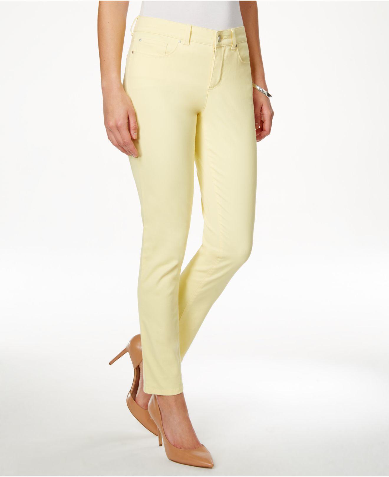 Charter Club Women/'s  Bristol Capri Lemon Tart Jeans