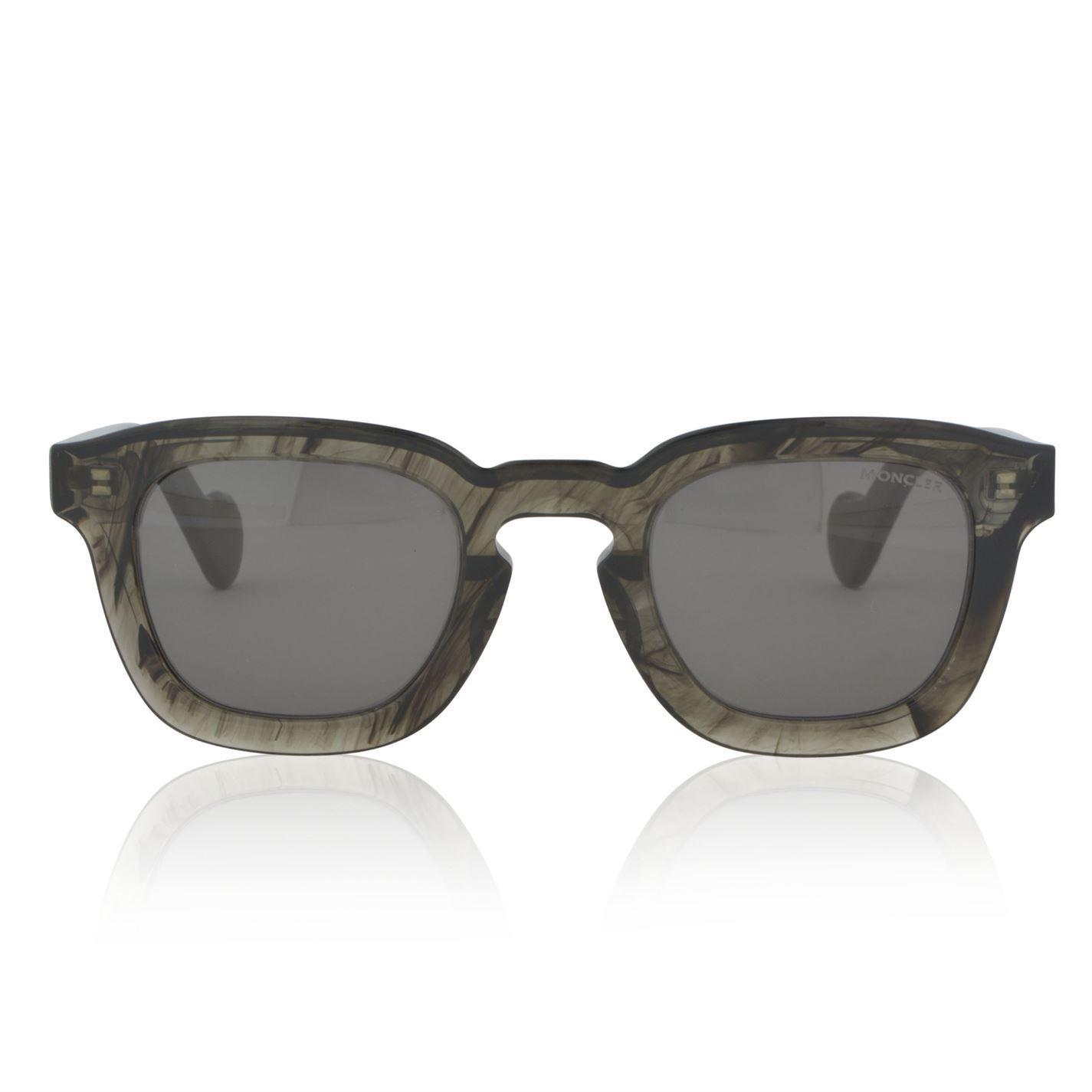 ae1dbf4ba Moncler Ml 0009 Vintage Wayfarer Sunglasses in Gray - Lyst