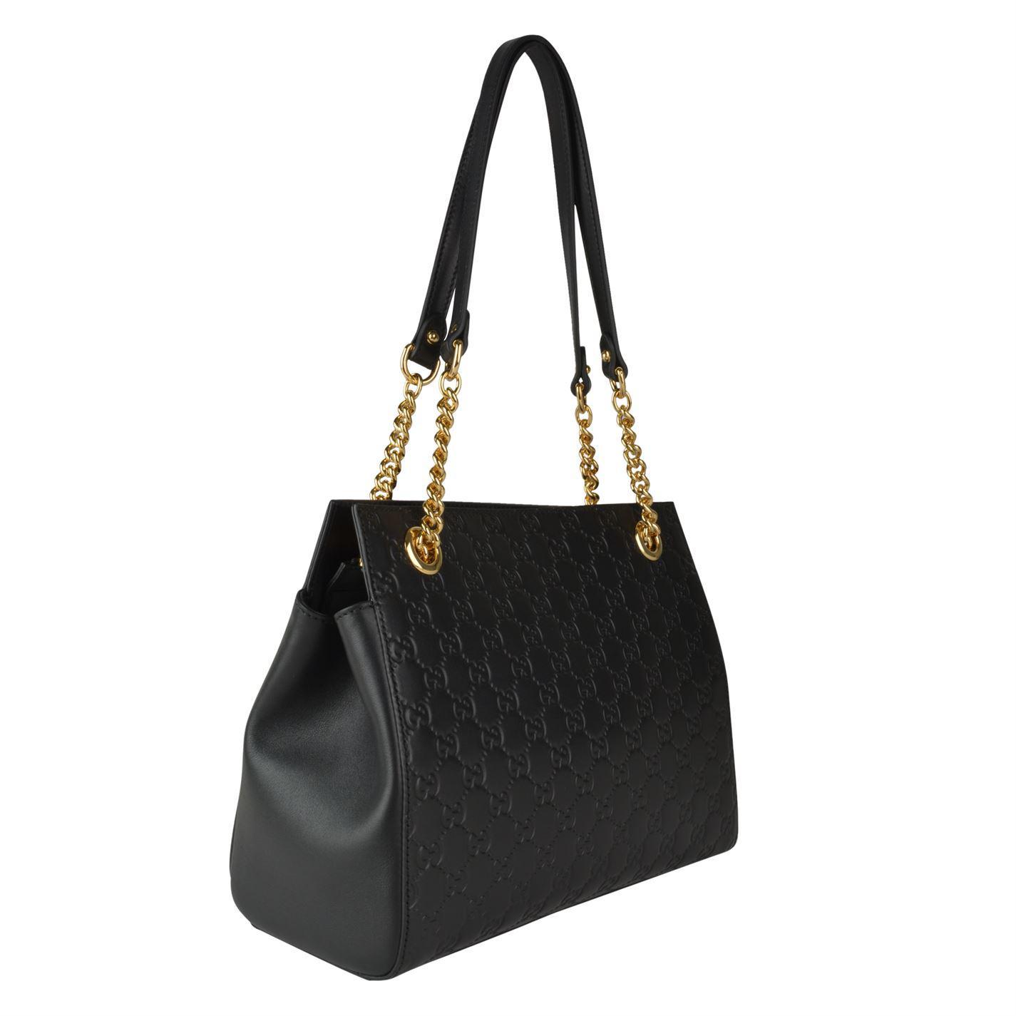 4f6f82a81 Gucci Signature Gg Print Bag in Black - Lyst