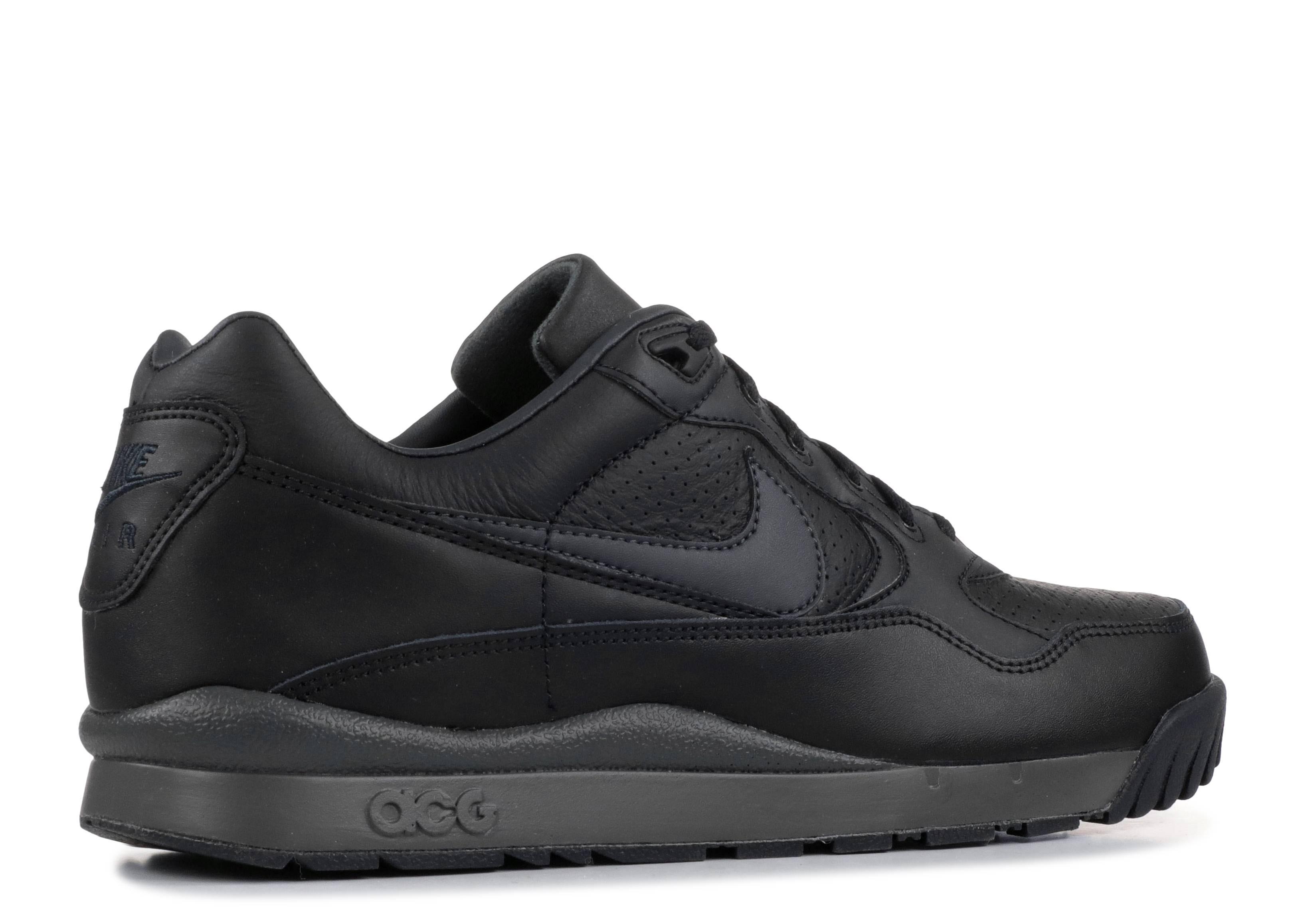 Nike Air Wildwood Acg Sneaker in Black