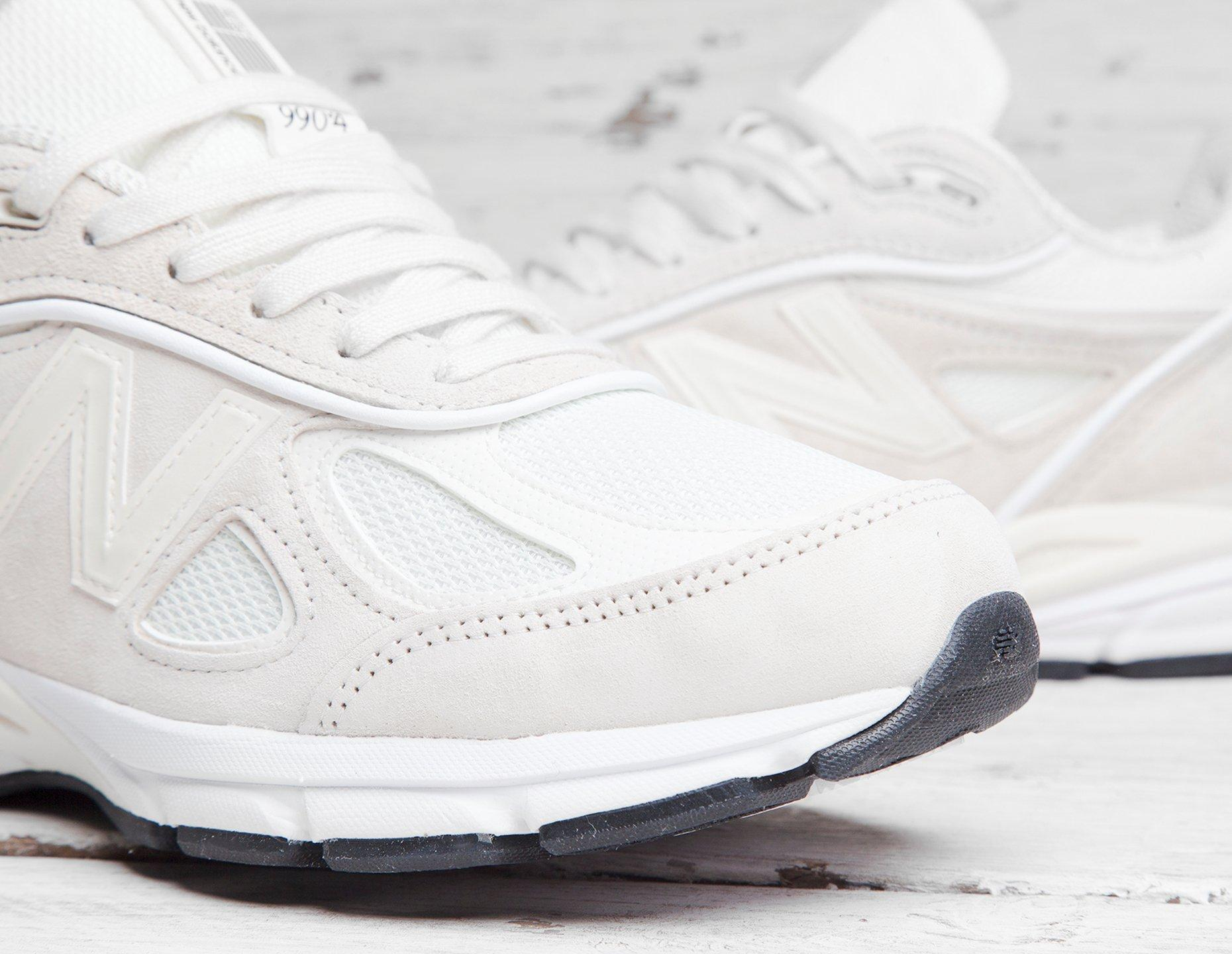 sports shoes 4eb32 dc275 New Balance White X Stussy 990v4