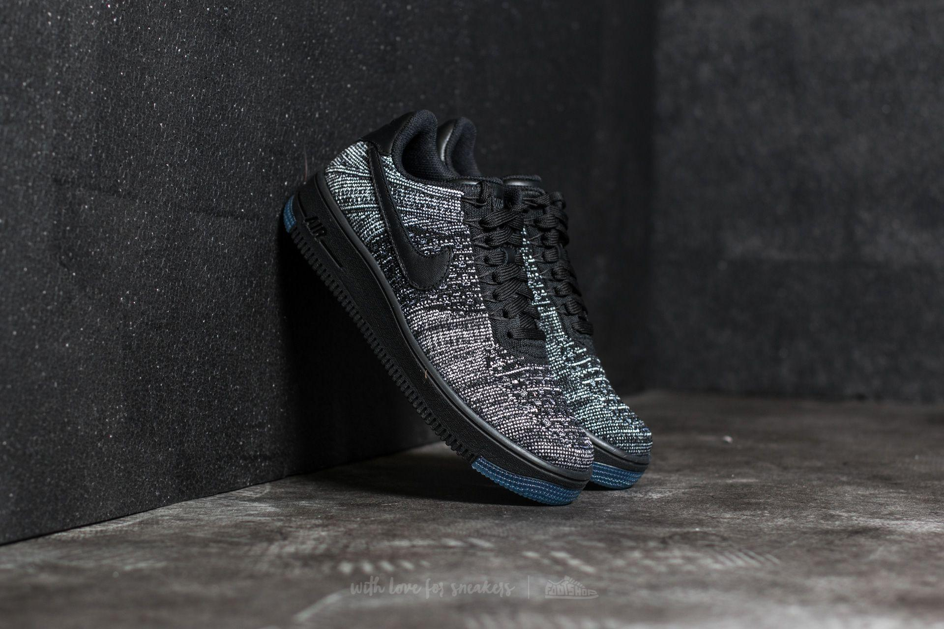 37a300c3fed1 Gallery. Previously sold at  Footshop · Women s Nike Flyknit Women s Nike  Air Force ...