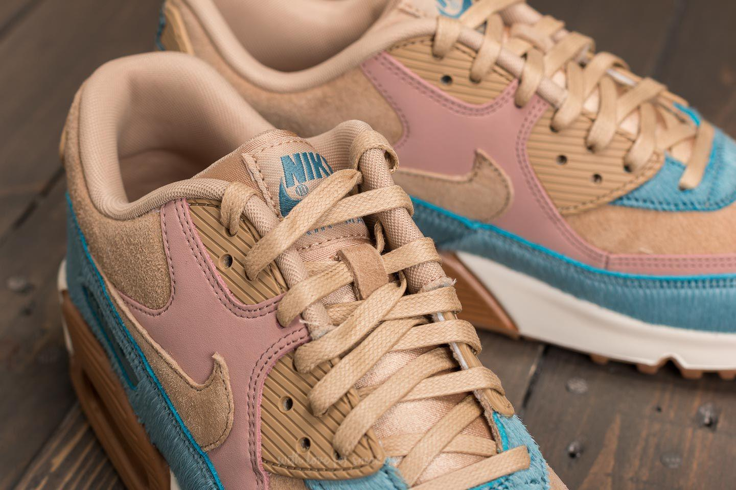 a46bcbf55429 Gallery. Previously sold at  Footshop · Women s Nike Air Max ...