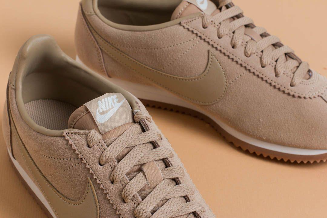 Nike Wmns Classic Cortez Suede Mushroom