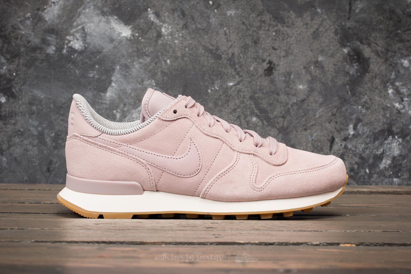 new product d65b7 75185 ... spain lyst nike w internationalist se particle rose particle rose in  pink cf08d 08fe2