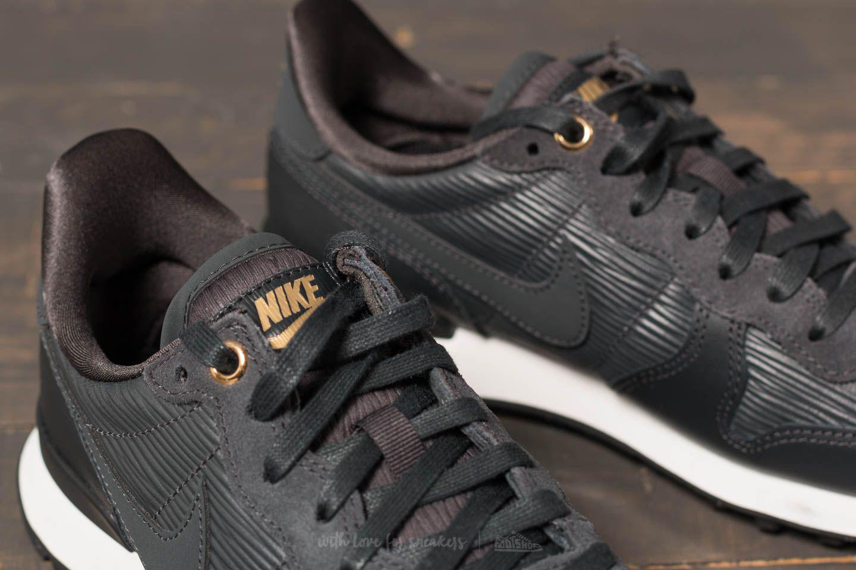 Nike Internationalist Premium Sneakers Women Nike