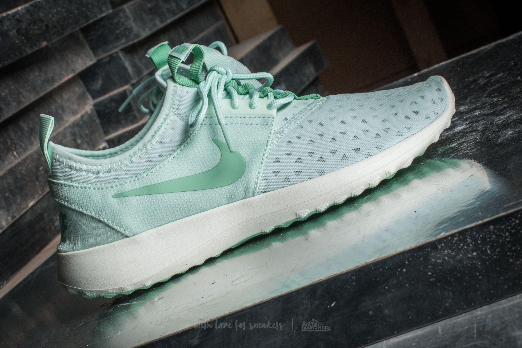 2f09cc119ab3 Lyst - Nike Wmns Juvenate Barely Green  Enamel Green-sail in Green ...