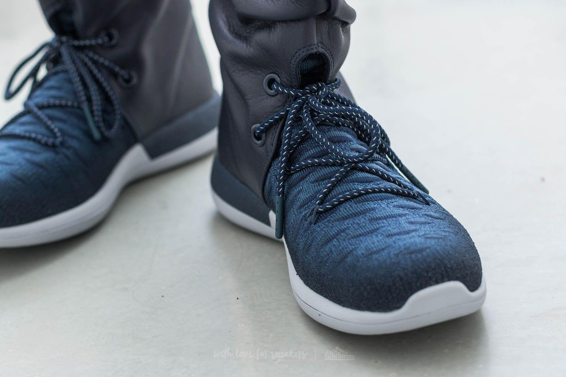 90648188654be Lyst - Nike W Roshe Two Hi Flyknit College Navy  College Navy in ...
