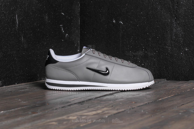 separation shoes 42965 ef84f Nike Cortez Basic Jewel Dust/ Black-white for men