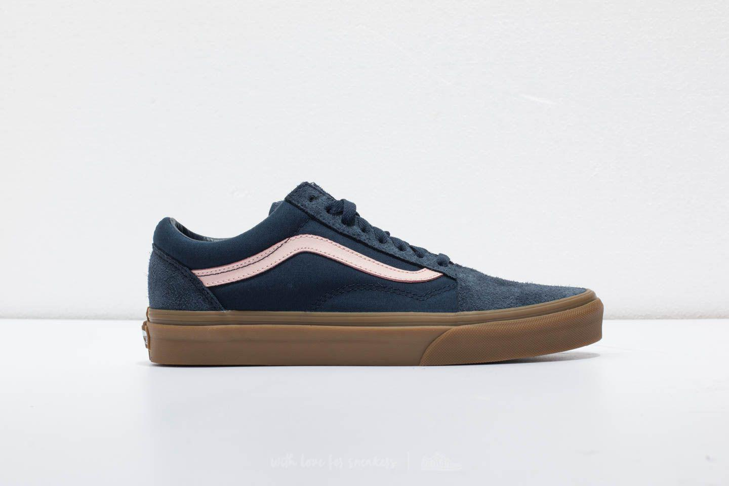 vans old skool blue light