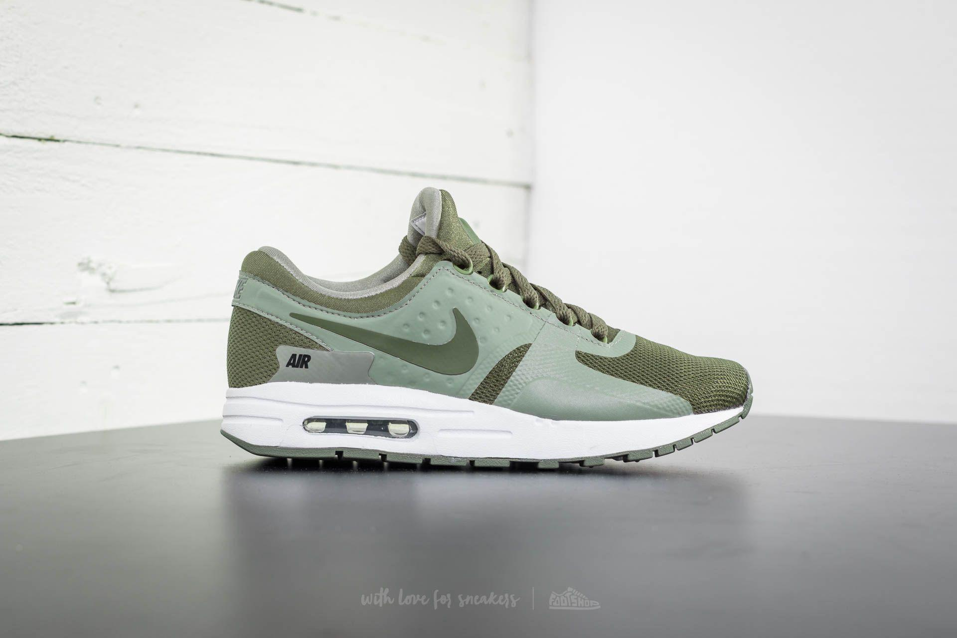 Nike Green Air Max Zero Essential Gs Medium Olive Medium Olive for men