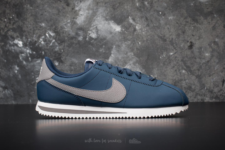 Nike Cortez Basic SL GS shoes white red blue