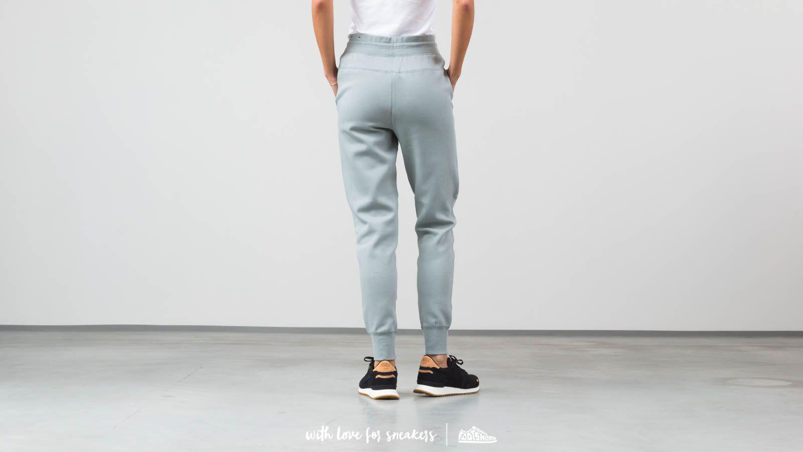 Lyst - Nike Sportswear Tech Fleece Pants Mica Green for Men 7f77b43c5bd7