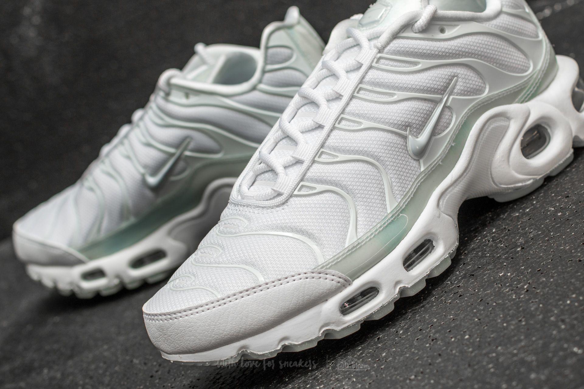 sports shoes b1e21 bc603 Nike Multicolor Wmns Air Max Plus Se White/ Pure Platinum-ice