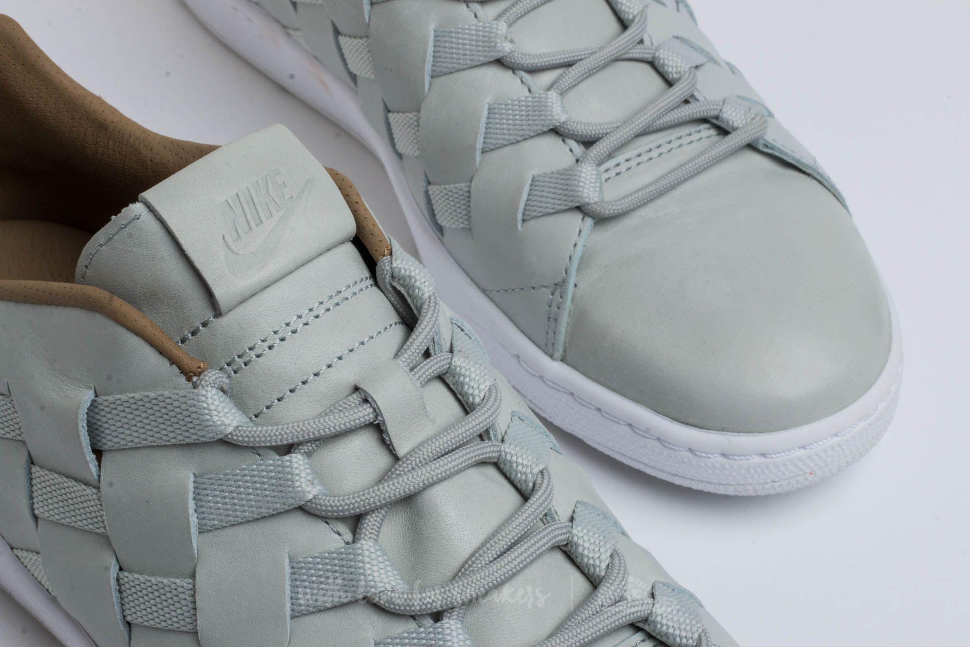 c8a79d2fd755 Lyst - Nike Tennis Classic Ultra Premium Qs  woven Pack  Light ...
