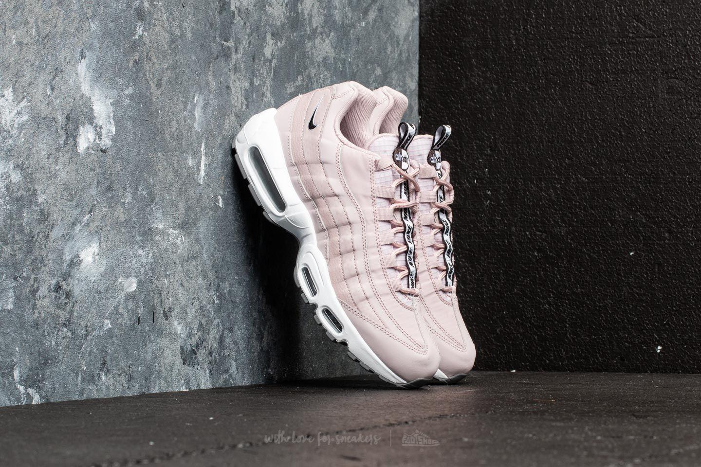 Nike Wmns Air Max 95 (Light Silver White Moon Particle)