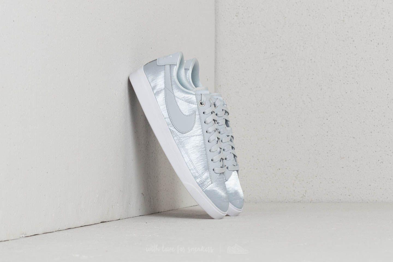 Nike. Women's Blazer Low Se W Pure Platinum/ ...