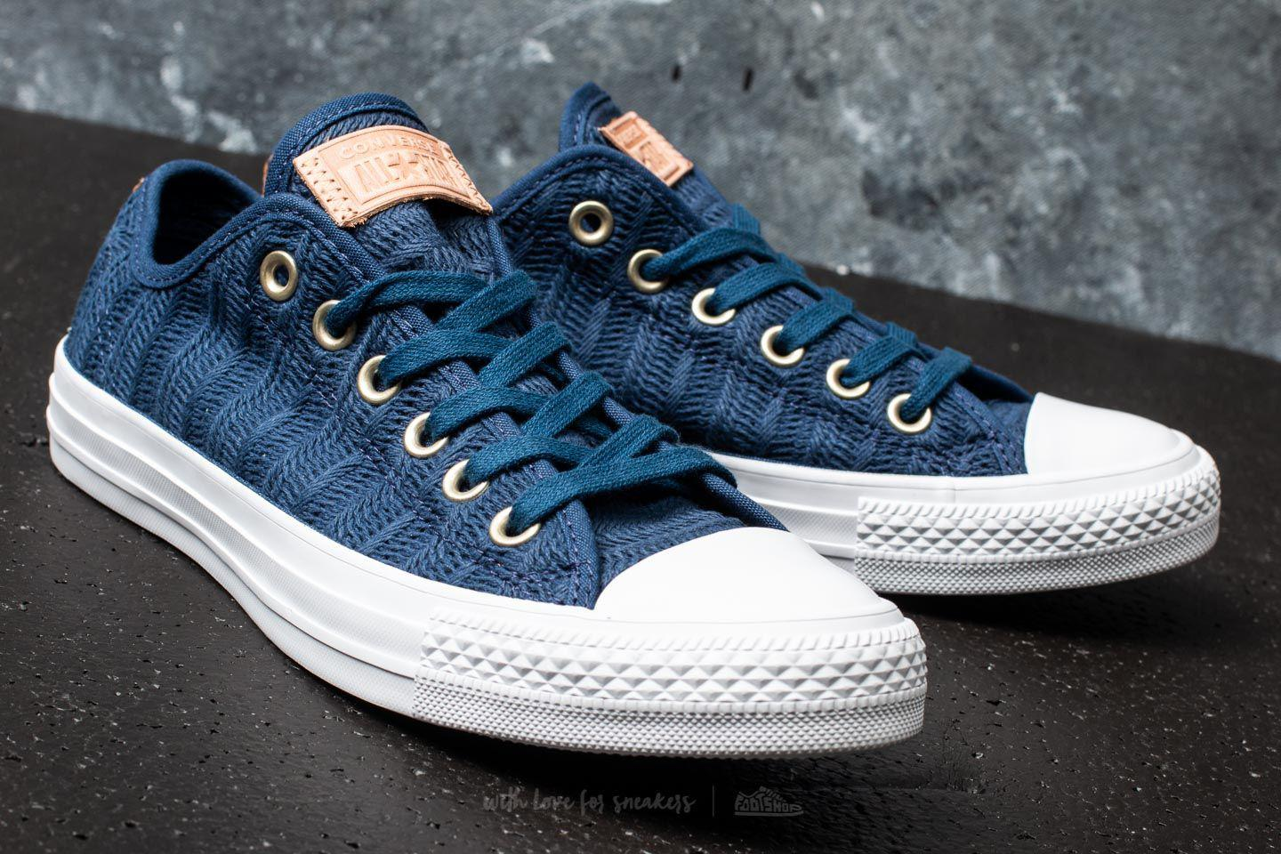 aa54de2031ab Lyst - Converse Chuck Taylor All Star Ox Navy  Tan  White in Blue