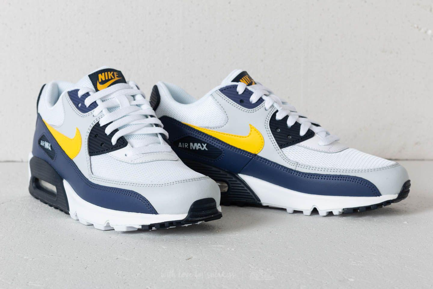 sports shoes 54bfc 8df01 Gallery. Previously sold at  Footshop · Men s Air Max 90 Sneakers