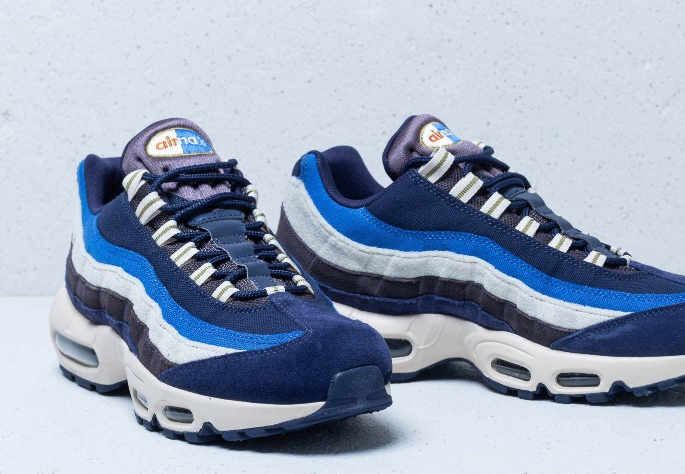 blackened blue air max 95