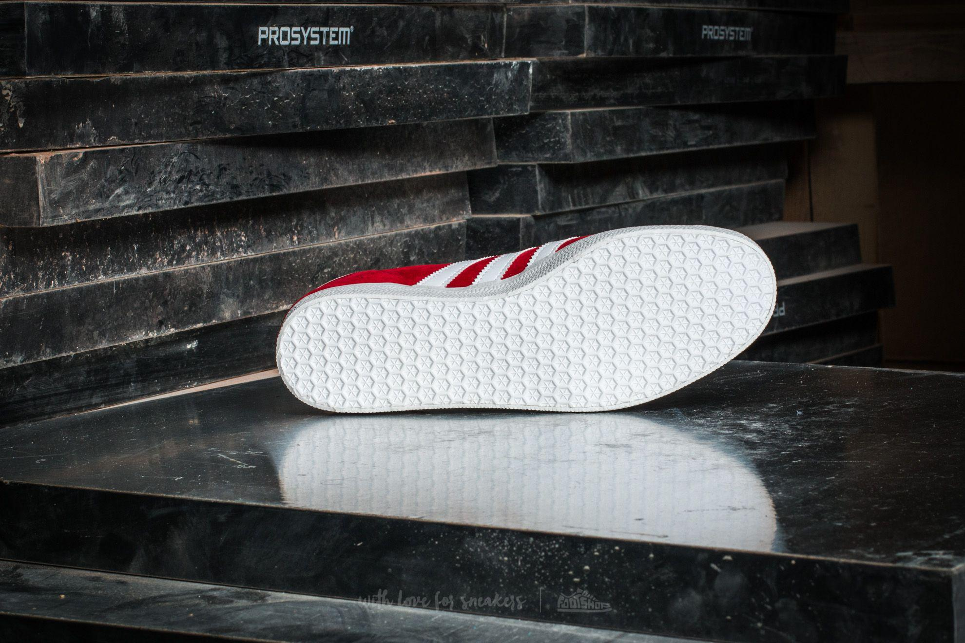 online store cd8bc 07d0b Gallery. Previously sold at Footshop · Mens Adidas Gazelle ...