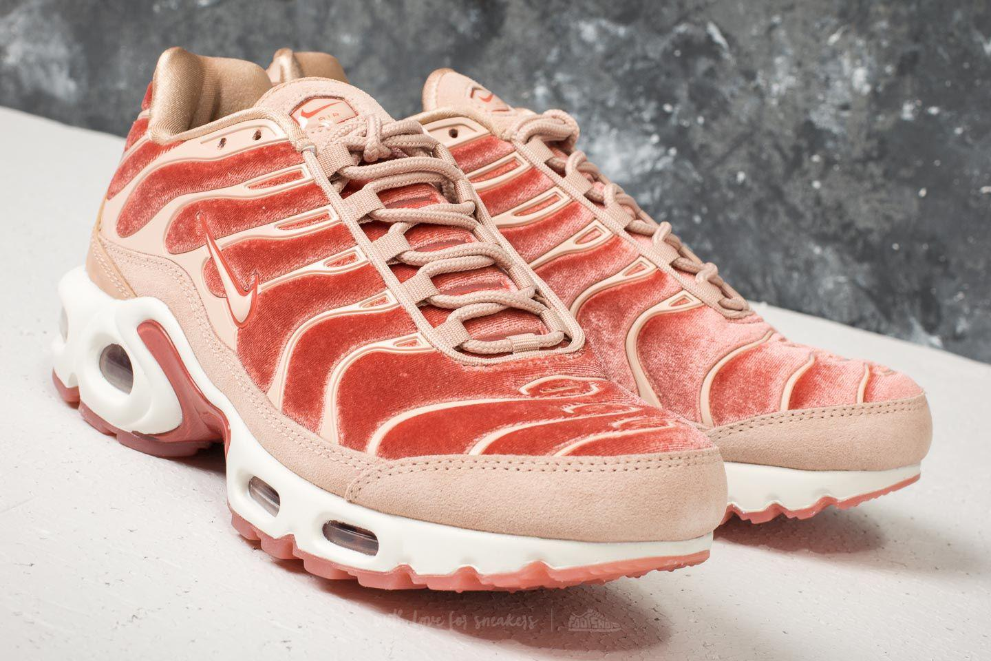 new concept da6c6 6c7a1 Gallery. Previously sold at  Footshop · Women s Nike Air Max