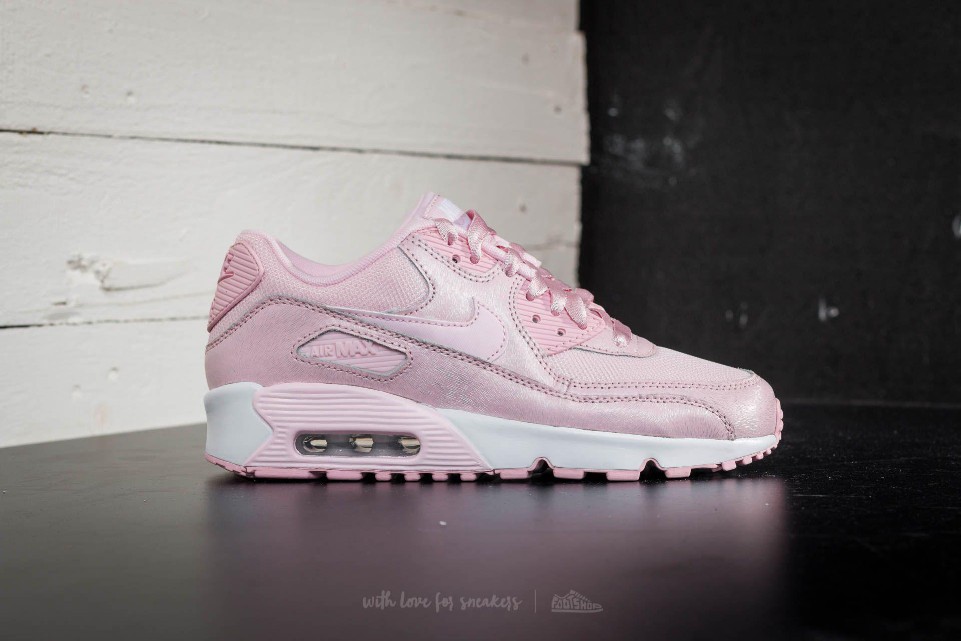 newest 8d74a fffda Gallery. Previously sold at Footshop · Womens Nike Air Max 90 ...