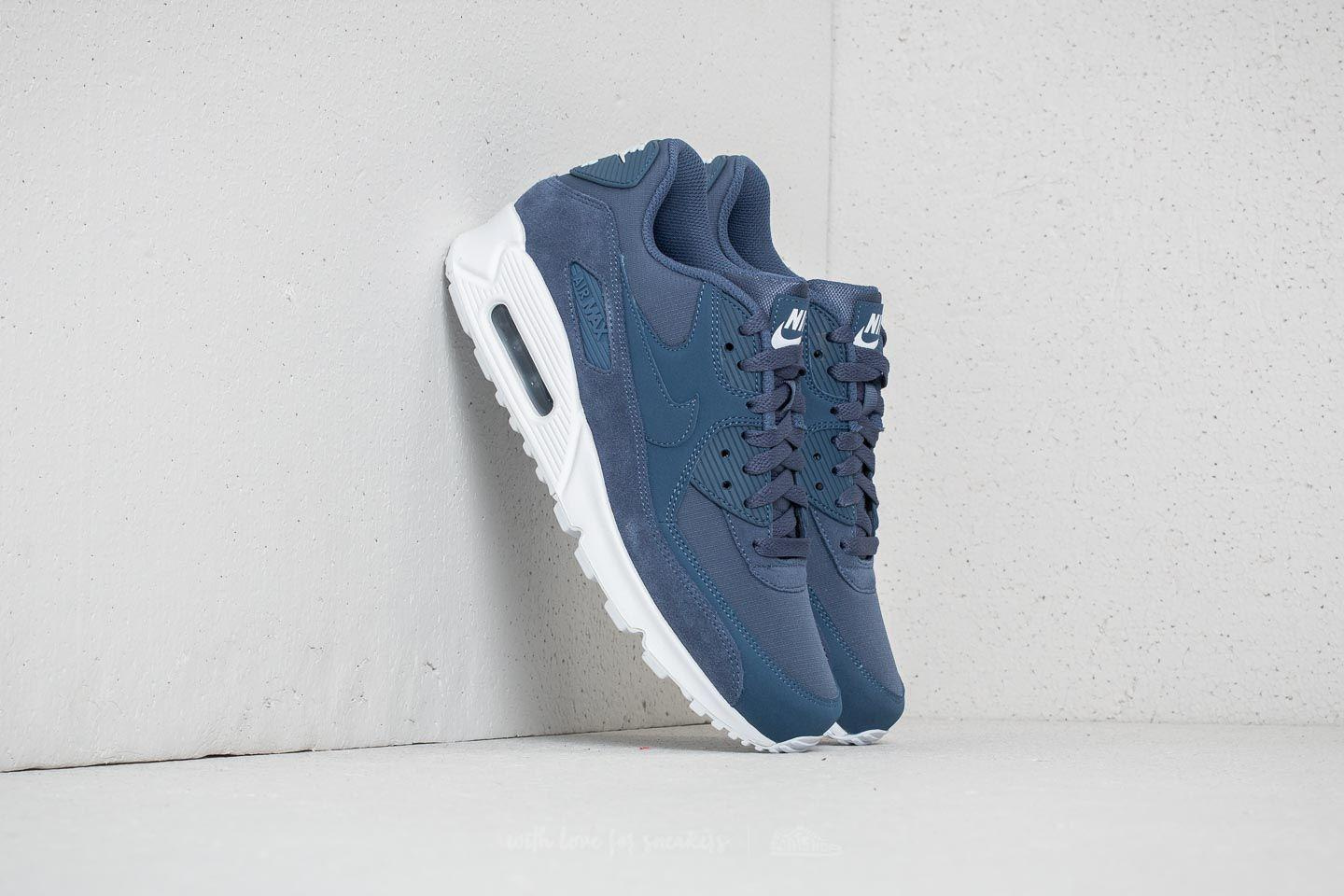 sports shoes e24fb 3215f Gallery. Previously sold at  Footshop · Men s Air Max 90 Sneakers