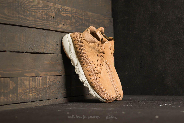 Nike. Men's Air Footscape Woven Chukka Flax/ Flax-sail-gum Med Brown