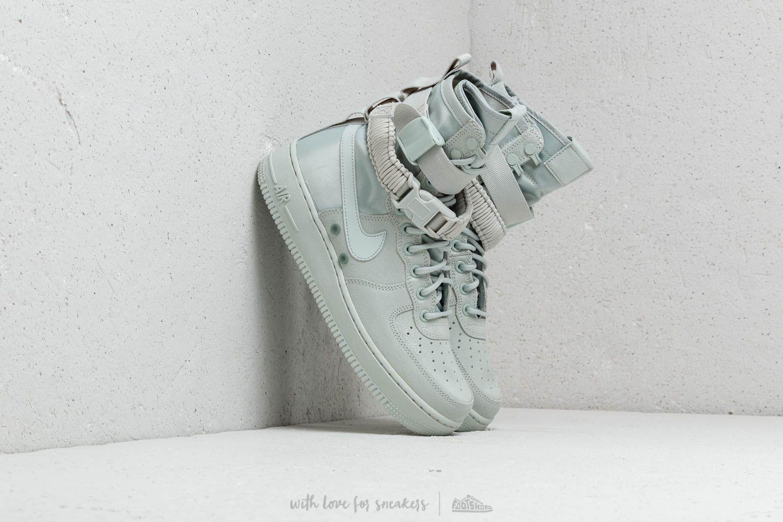 san francisco f9633 a0f80 Nike W Sf Air Force 1 Light Silver  Light Silver in Metallic - Lyst