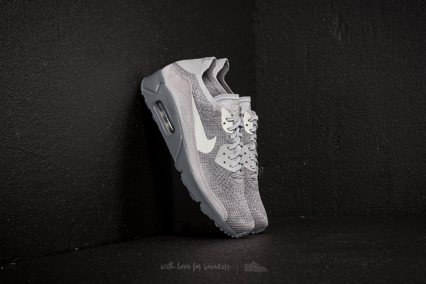 hot sale online 2642e c101b Gallery. Previously sold at  Footshop · Men s Air Max 90 Sneakers Men s Nike  Flyknit