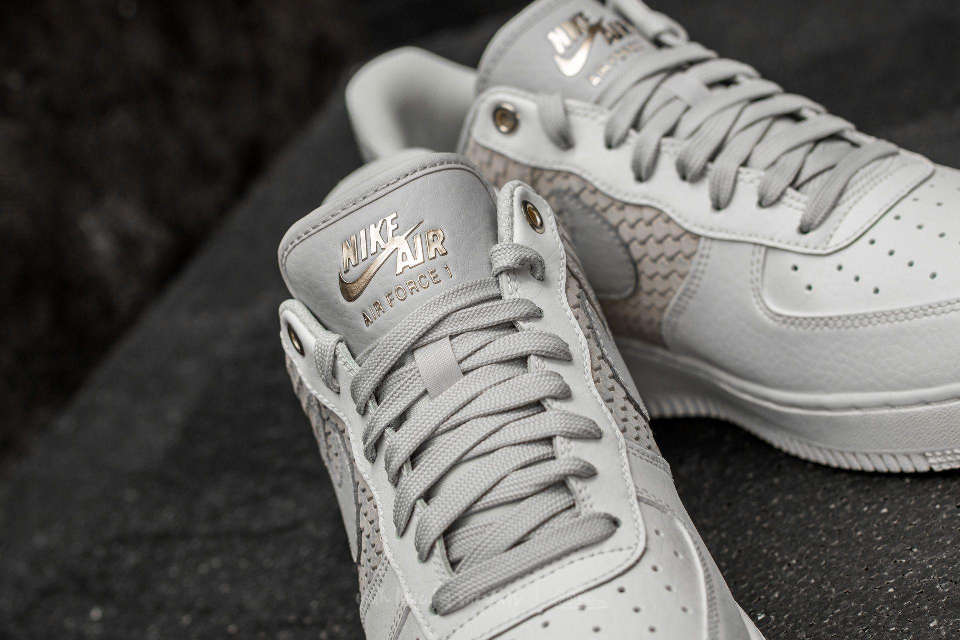 Nike Leather Air Force 1 '07 Lv8 Sail