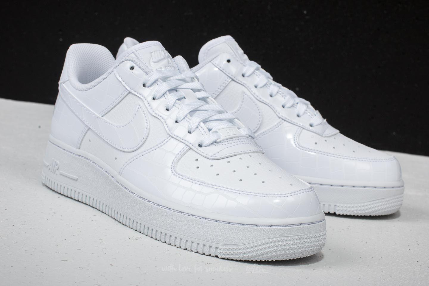 reputable site 14d49 86814 Gallery. Previously sold at  Footshop · Women s Nike Air Force