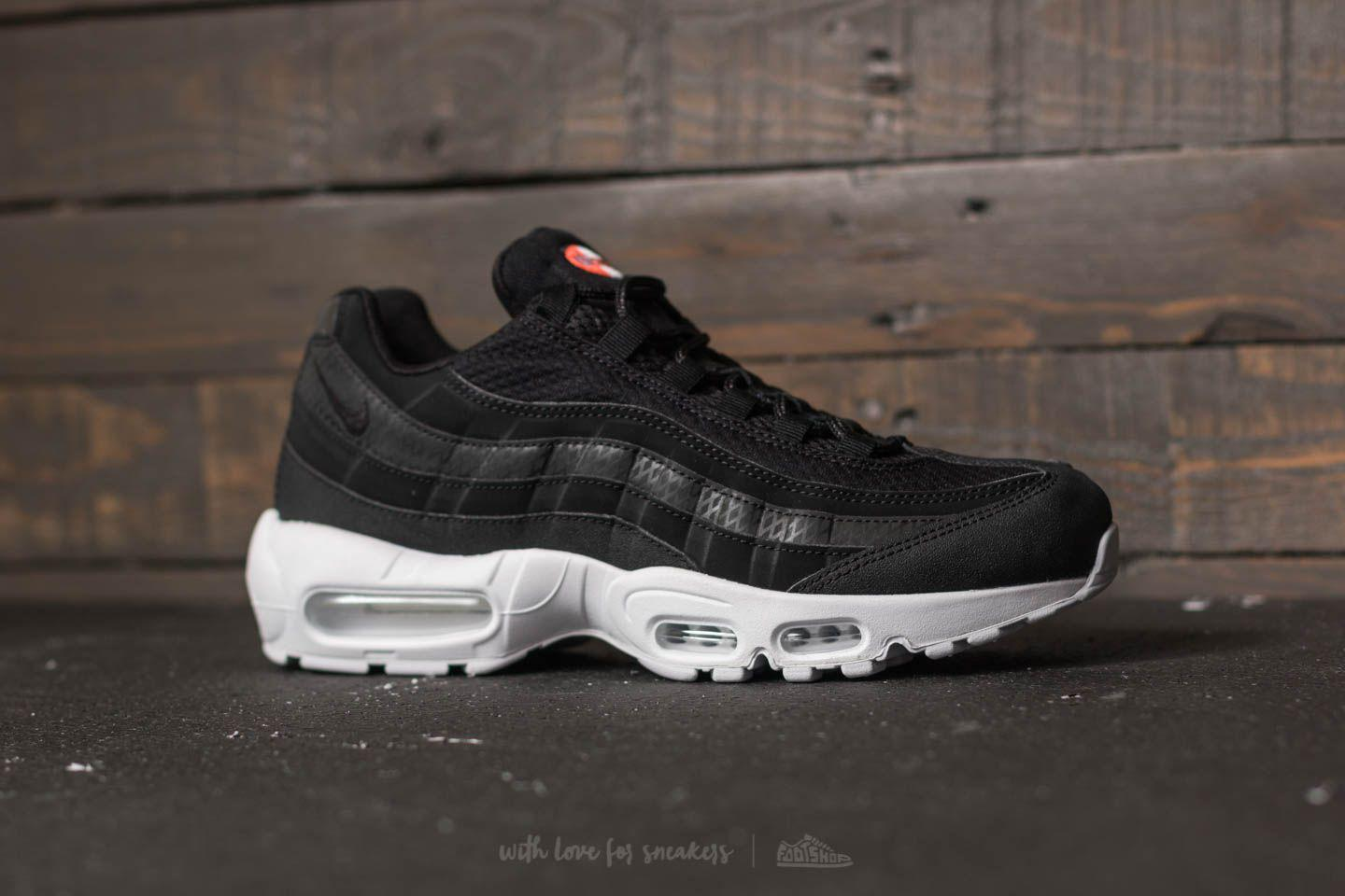 nike air max 95 white black black
