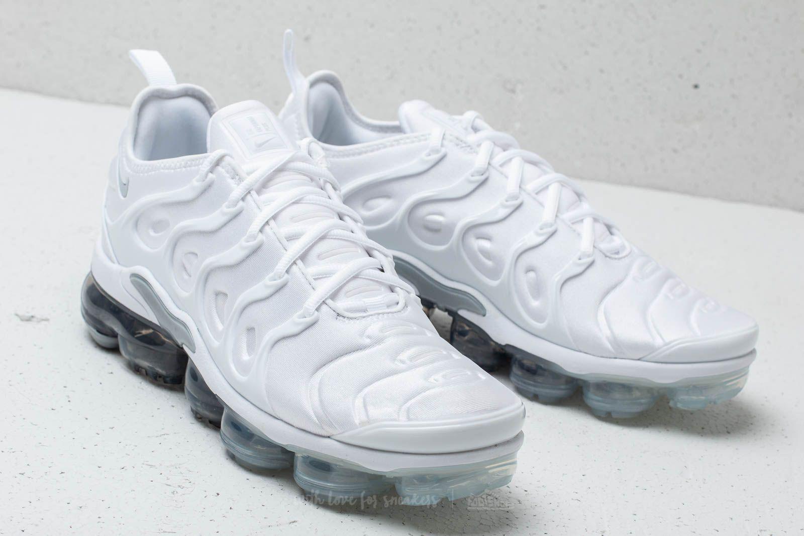 3fdae55168e Lyst - Nike Air Vapormax Plus White  Pure Platinum-wolf Grey for Men