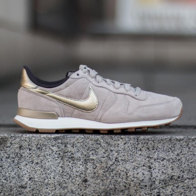 premium selection 60ef2 a7965 ... internationalist premium string metallic gold grain 357f1 a9c7d  new  style gallery. previously sold at footshop mens nike internationalist ab39b  9def0