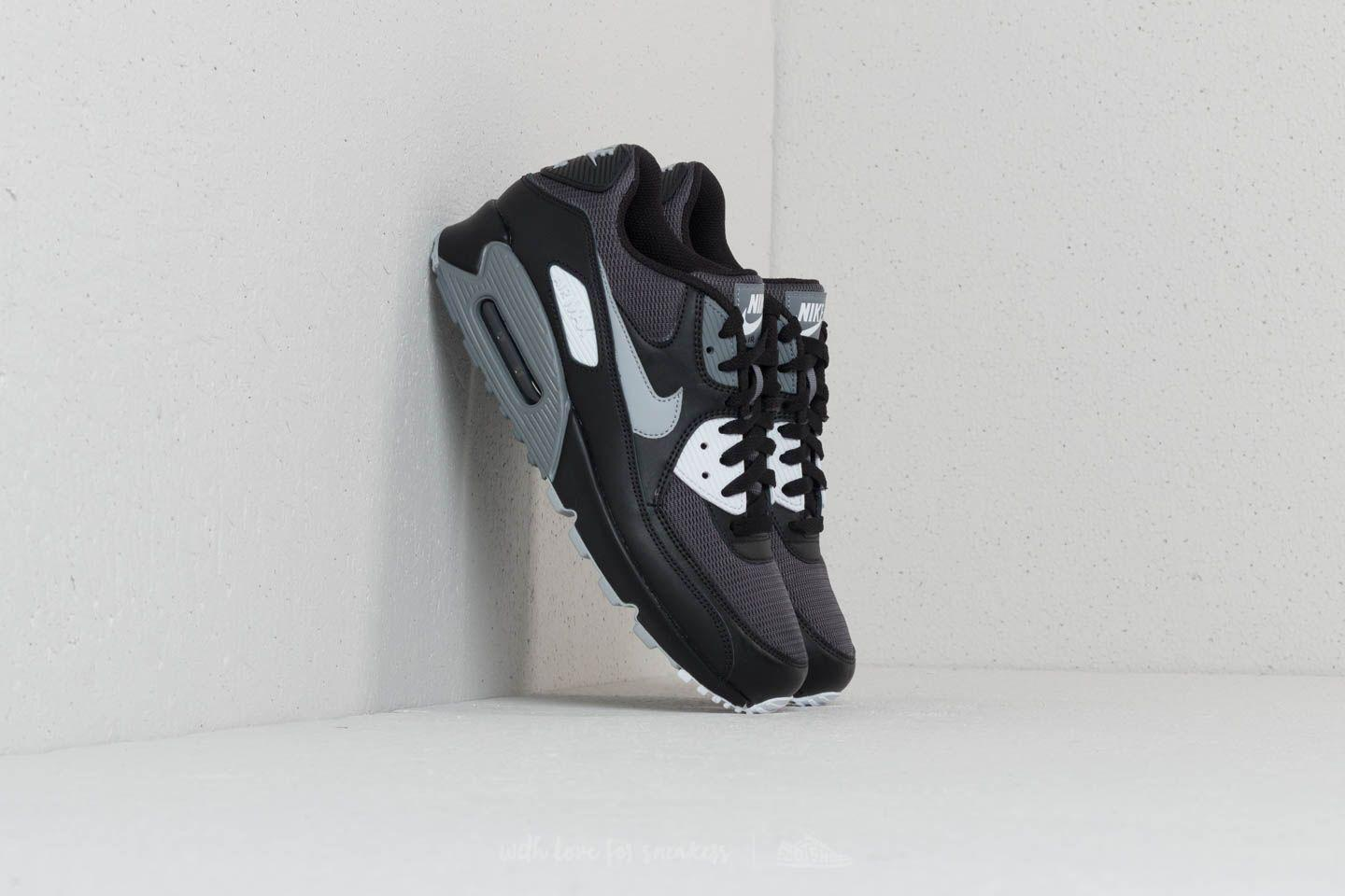 sports shoes 30b76 e0527 Gallery. Previously sold at  Footshop · Men s Air Max 90 Sneakers